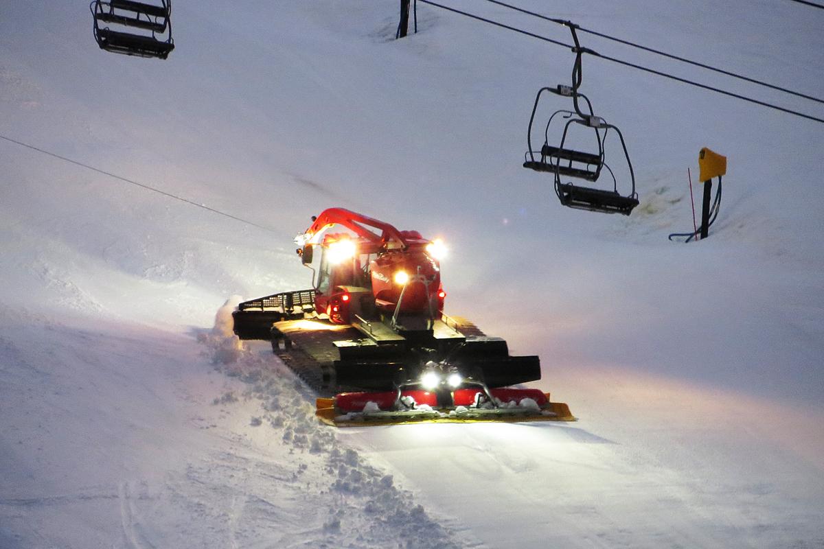 Serwis ratraków dla stoków narciarskich